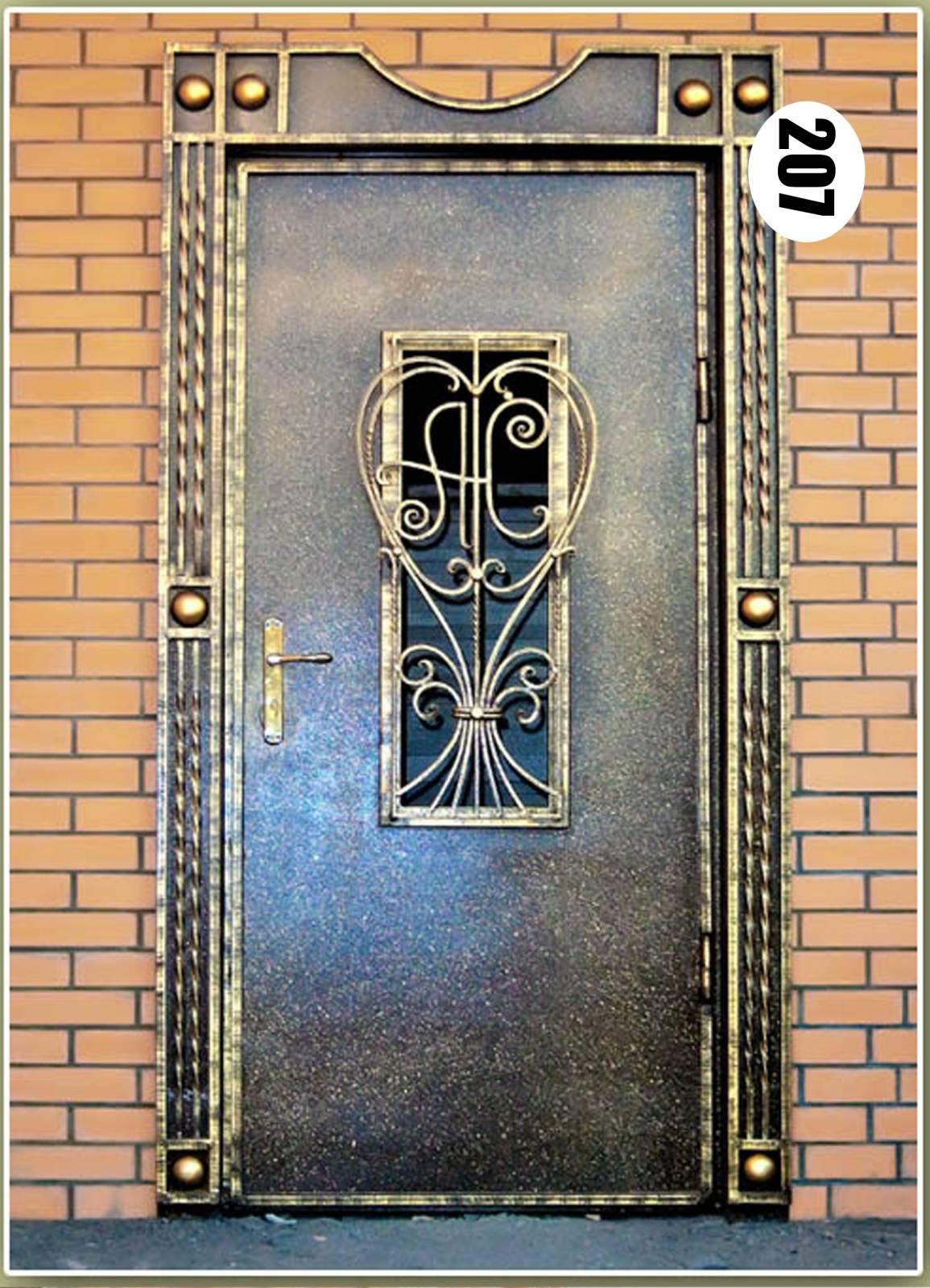 Металлическая дверь с ковкой своими руками
